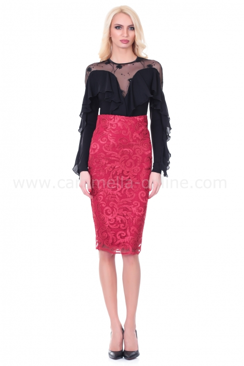 Skirt Red Lace 032011